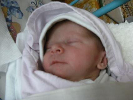 FOTKA - Moje nejmladší vnučka Natálka
