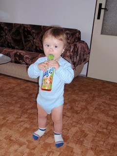 FOTKA - S flaškou