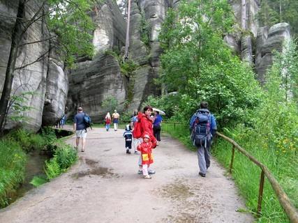 FOTKA - procházka ve skalách