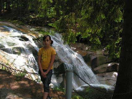 FOTKA - u vodopádu