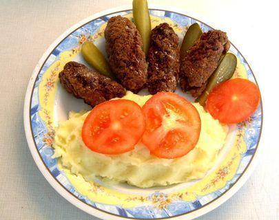 FOTKA - Dnešní oběd - kaše s lulánky.