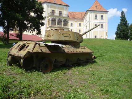 FOTKA - zámek Letovice tank