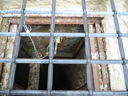 FOTKA - Studna v nádvoří zámku