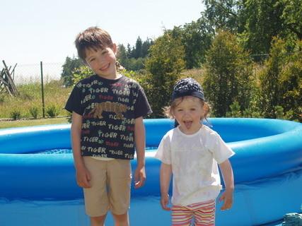 FOTKA - Radost z bazénu