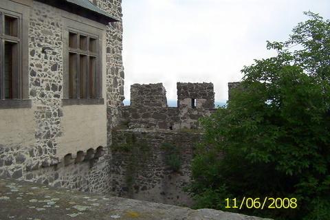 FOTKA - Kunětická hora - hradby