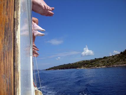 FOTKA - Nohama nad vodou