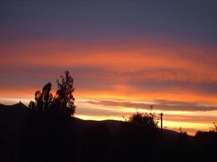 FOTKA - Západ slunce  za Ještědem - 30.7.2009 v 20.50 hod.