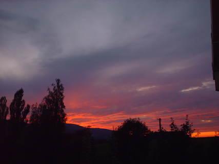 FOTKA - Dnes 31.7.2009 v 21.25 hod   tuhle krásu  jsem viděla z okna a  neodolala jsem...