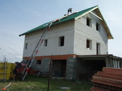 FOTKA - stavba u neteře pokračuje .