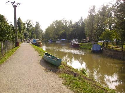 FOTKA - Baťův kanál-přístav