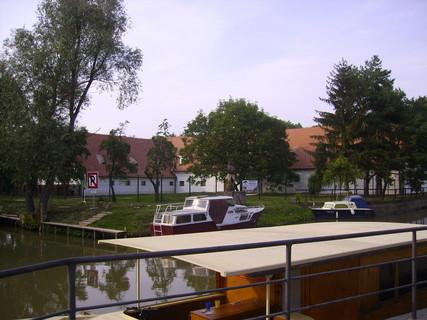 FOTKA - Baťův kanál-přístav3