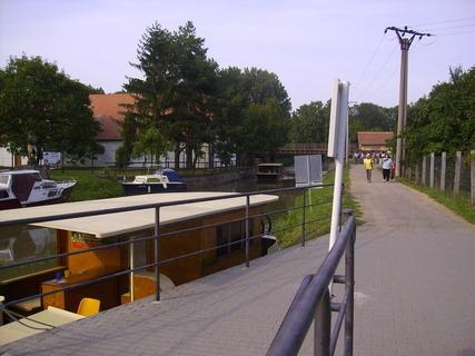 FOTKA - Baťův kanál-přístav4
