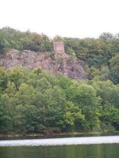 FOTKA - Zřícenina hradu Oheb -Seč