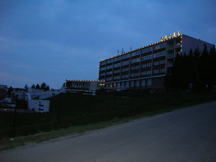 FOTKA - hotel v noci