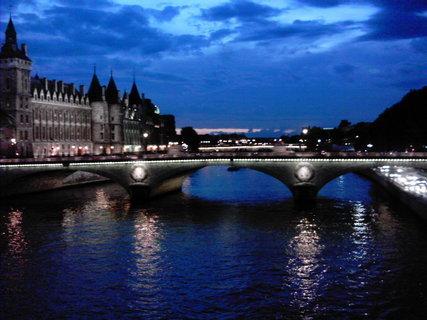 FOTKA - noční Paříž