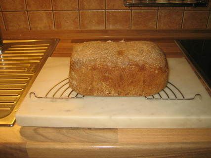FOTKA - Čerstvě upečený chléb z domácí pekárny