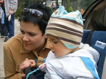FOTKA - Lukášek s maminkou v ZOO