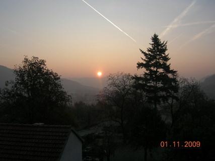 FOTKA - dnešní východ slunce 1.11.