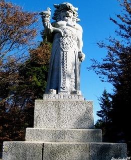 FOTKA - socha- Radegast- na Pustevnách