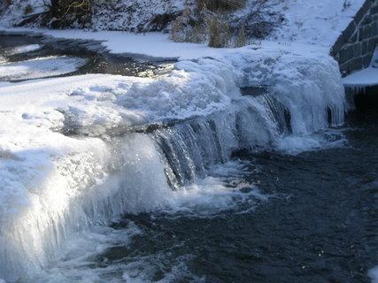 FOTKA - Zamrzlý potok