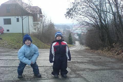 FOTKA - děti na vycházce