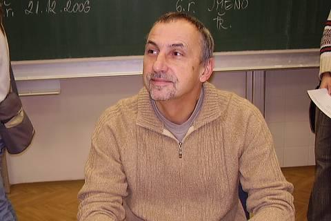 FOTKA - nejoblíbenější učitel. Mgr. Němeček =o)