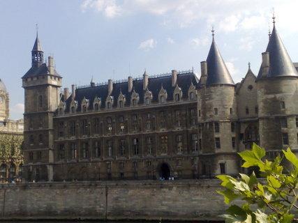 FOTKA - Conciergerie v Paříži 02