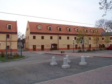 FOTKA - kunratické náměstíčko 2