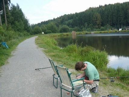 FOTKA - u rybníka..