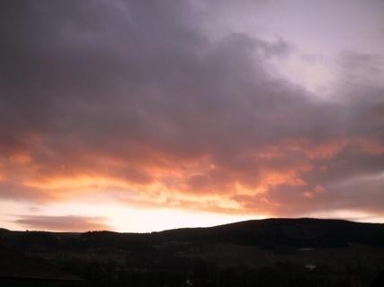 FOTKA - Západ slunce dnes, výhled z okna  - 26.12.2009.