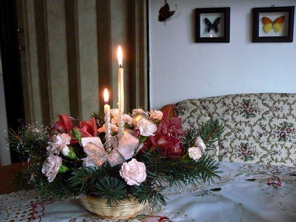 FOTKA - svícen na vánočním stole