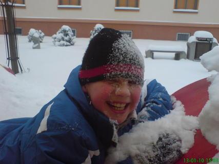 FOTKA - Mates na sněhu