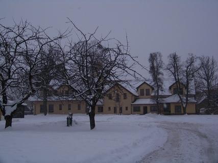 FOTKA - MěÚ Kunratice v zimě. .....