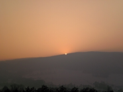 FOTKA - Slunce zapadá za hory / Ještědský hřeben/  - 26.1.2010