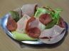 Obložená vajíčka na salátu - detail