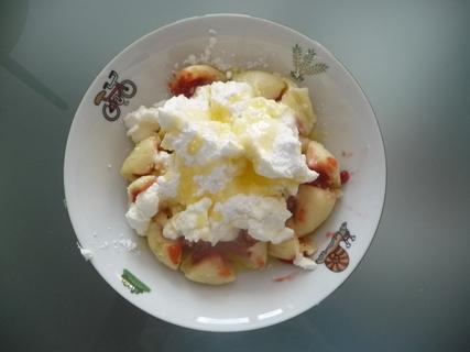 FOTKA - Tvarohové jahodové knedlíky...