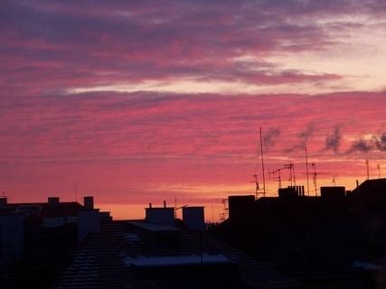 FOTKA - domy a komíny ráno...