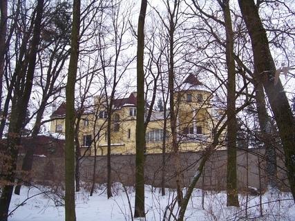 FOTKA - domeček jako hrad..