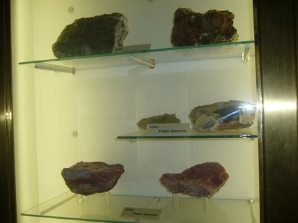 FOTKA - Část minerálů...