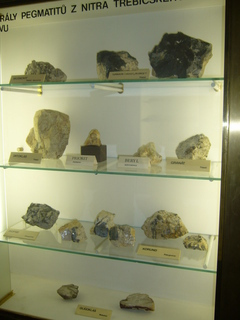 FOTKA - Část minerálů....