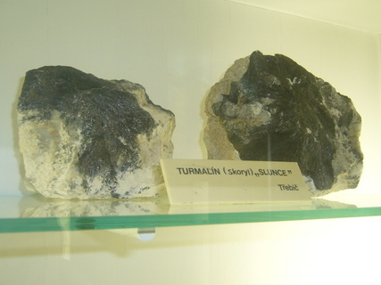 FOTKA - Turmalín