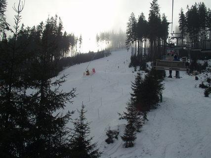 FOTKA - Trénink lyžařů ve ski areálu Bílá