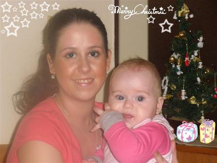 FOTKA - Eliška s tetou Peˇˇtulkou