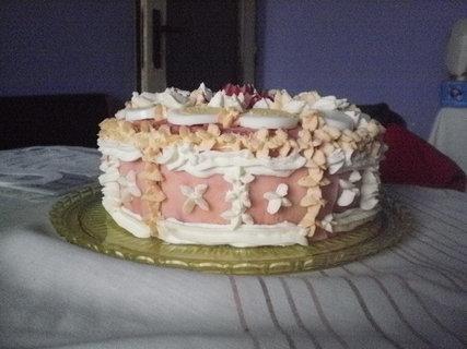 FOTKA - chlebový dort  z boku