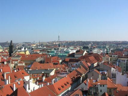 FOTKA - výhled ze Staroměstské radnice (směr Žižkovský vysílač)