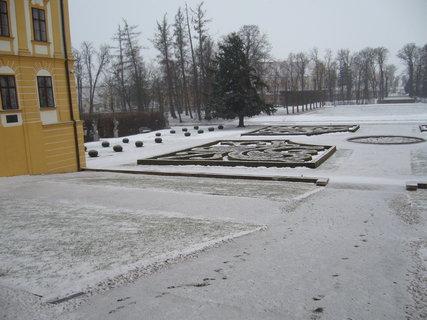 FOTKA - Z�meck� park v Jaromk�ch.