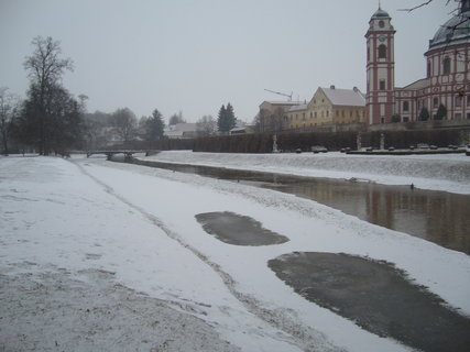 FOTKA - Zámecký park v Jaromkách..............