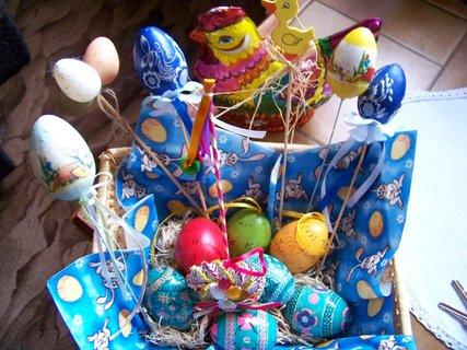 FOTKA - košíček s vajíčky.. dekorace