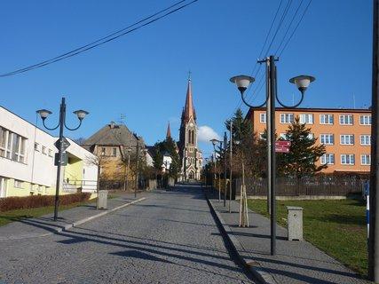 FOTKA - cesta ke kostelu ve Vítkově