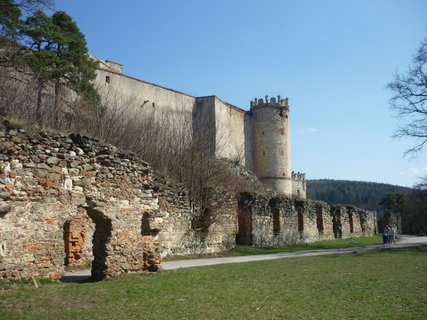 FOTKA - po ceste na hrad 12